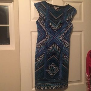 Dresses & Skirts - Blue knee length dress